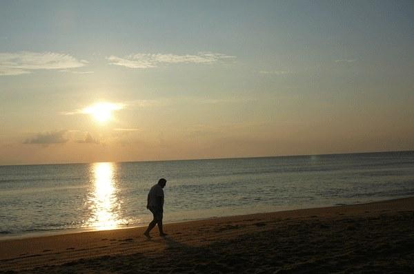 beachalone