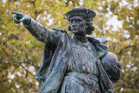 Columbus Statue Providence, Rhode Island.  Copyright: Kenneth C. Zirkel via Wikipedia