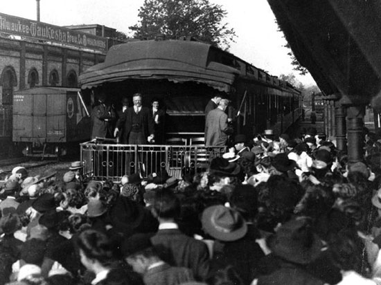 Theodore Roosevelt on Campaign Train in Wisconsin (circa 1904). Source: Lake Forest College Library Special Collections